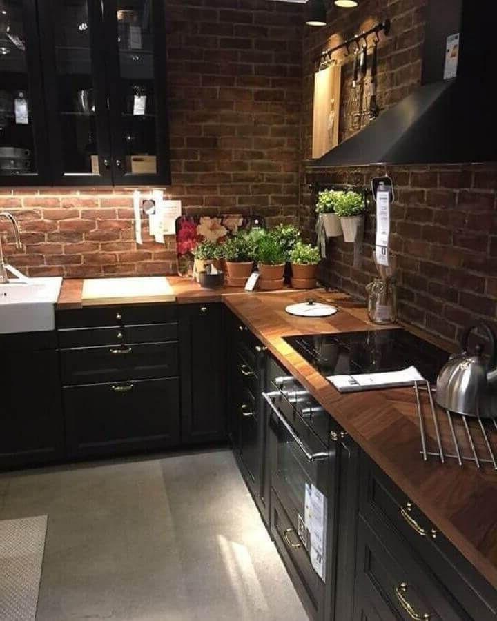 кухня черная лофт