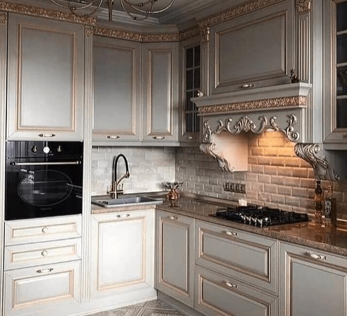 кухни в классическом стиле с патииной