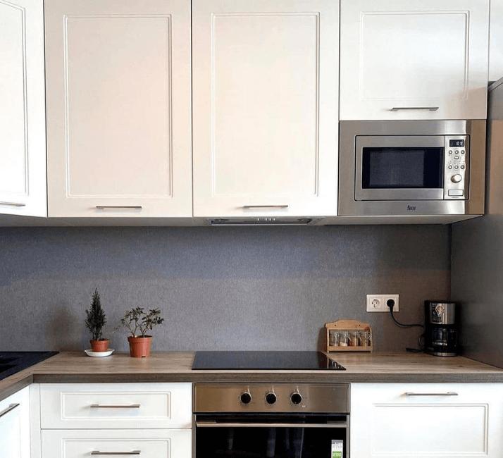 фартук фото кухни в стиле неоклассика