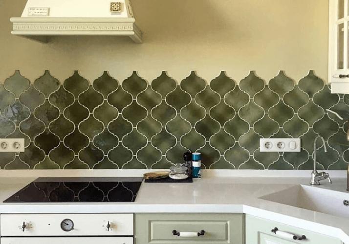 фартук из плитки кухни в стиле прованс