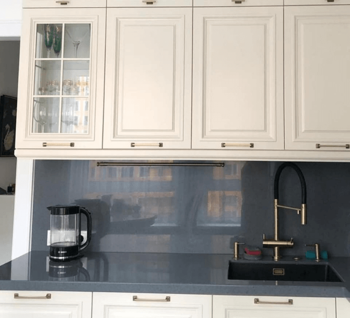 фасады кухни в стиле неоклассика