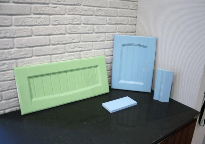 рамочные фасады голубого и зеленого цвета