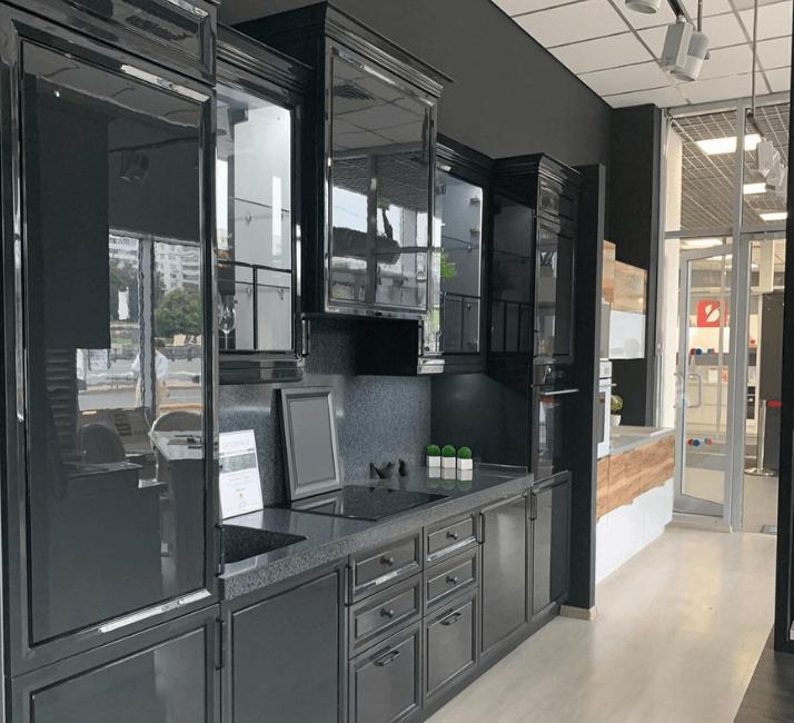 глянцевые кухни в стиле неоклассика