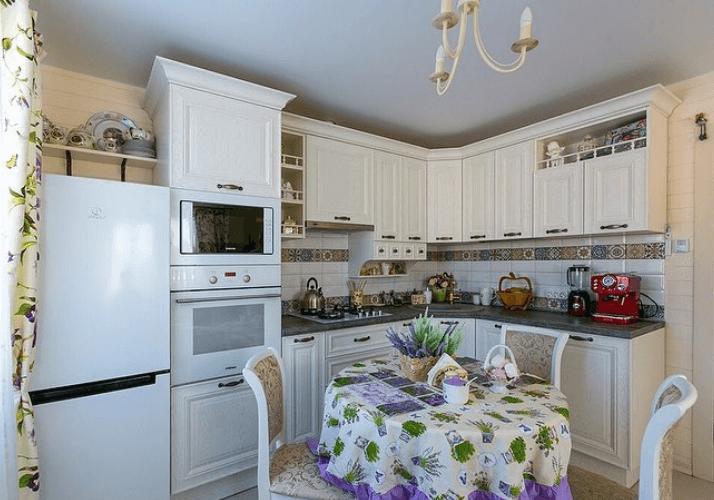 кухни в стиле прованс белого цвета