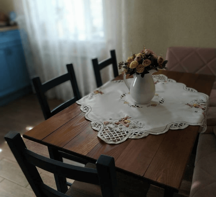 скатерть на столе прованс