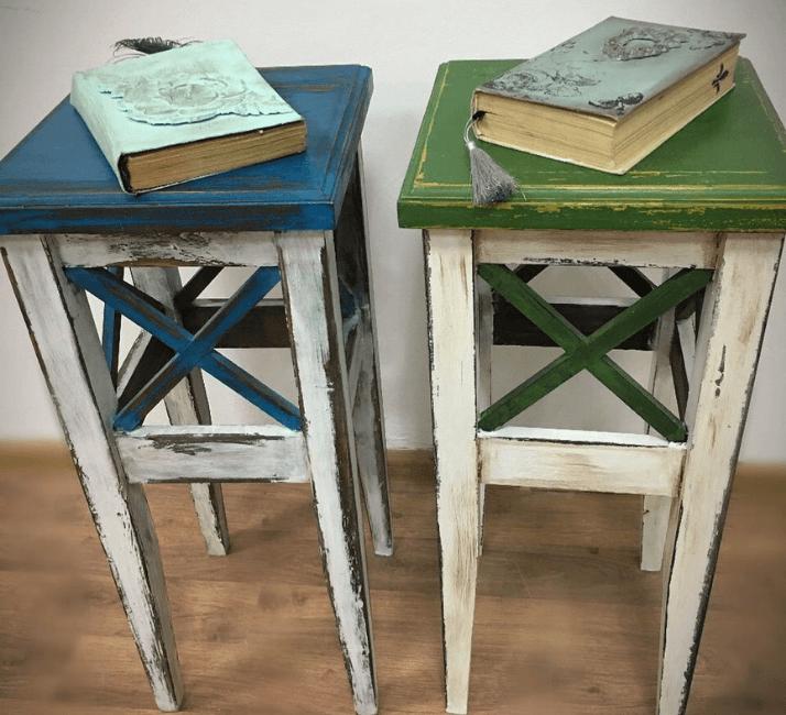 винтажные стулья в стиле французского кантри