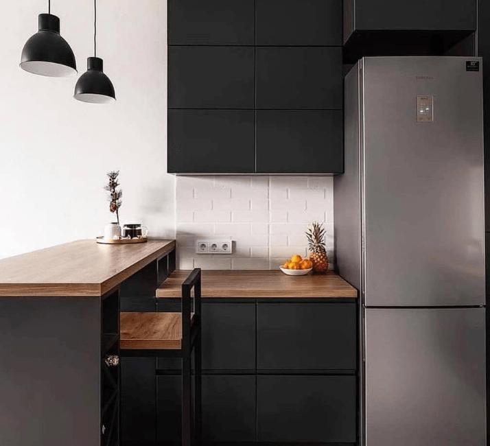 холодильник дизайн кухни