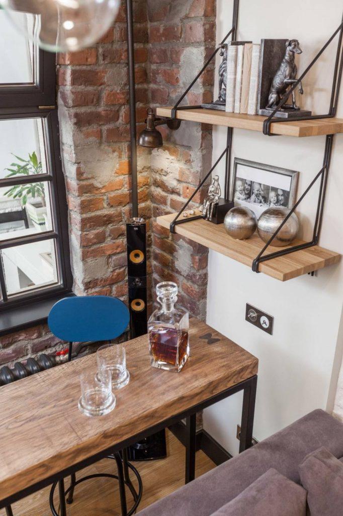 стол и фартук лофт стиль