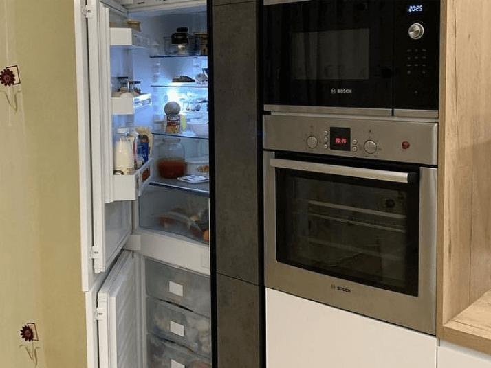 проект кухни с микроволновкой