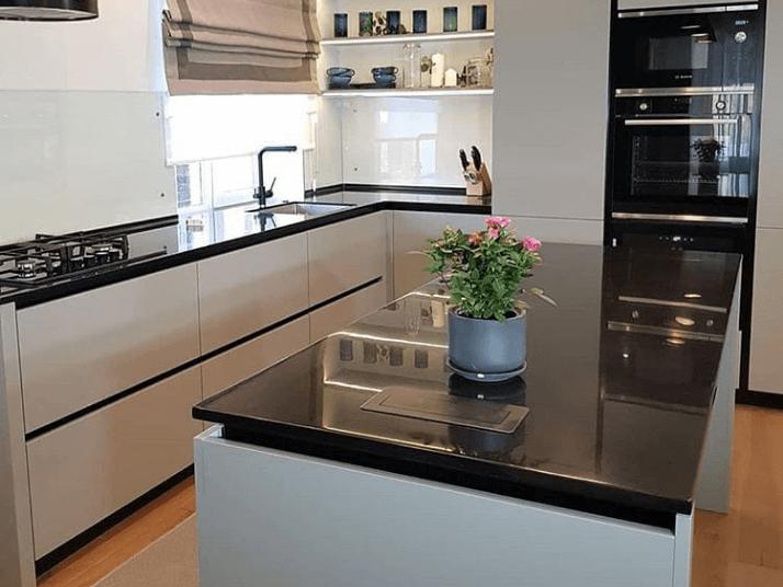 как спланировать п-образную кухню