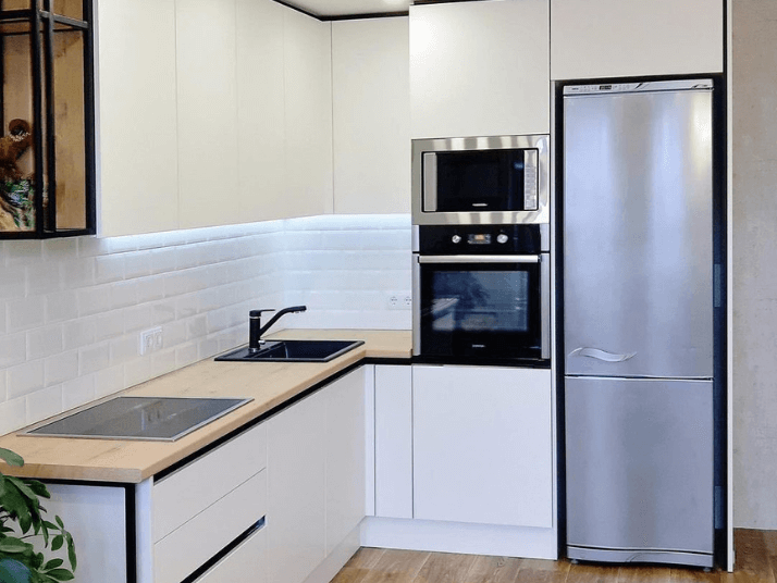 холодильник планировка кухни