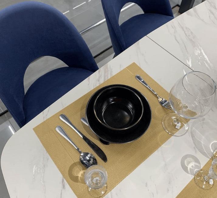 керамическая столешница с тарелкой