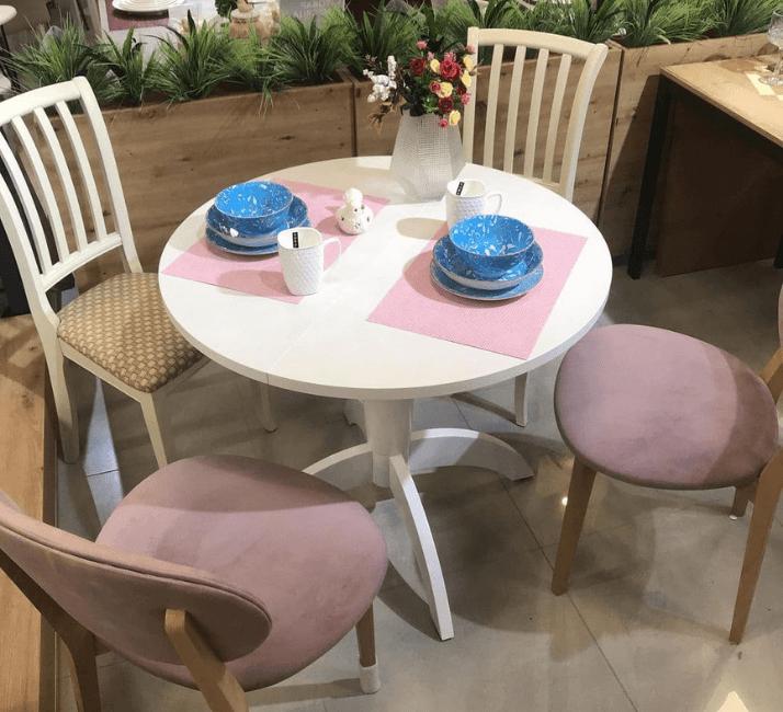 какой стол выбрать для кухни  круглой формы