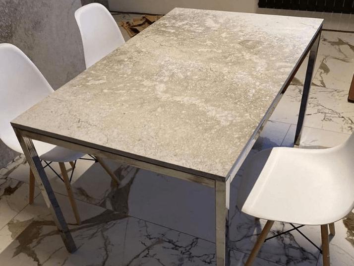 стол из кварца серый под камень