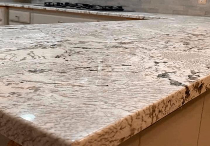 каменная столешница из гранита Уайт Зурих