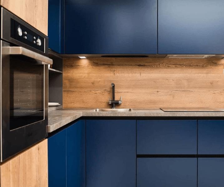 темная красивая кухонька