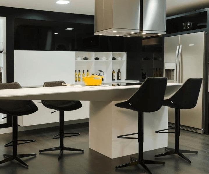 кухня хай-тек современный дизайн