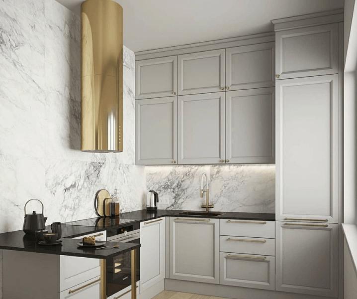 Современная кухня в сером цвете и золотом